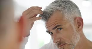 """パッと見で気になる男性の白髪は""""○本以上""""と女性の半数以上が、回答 ..."""
