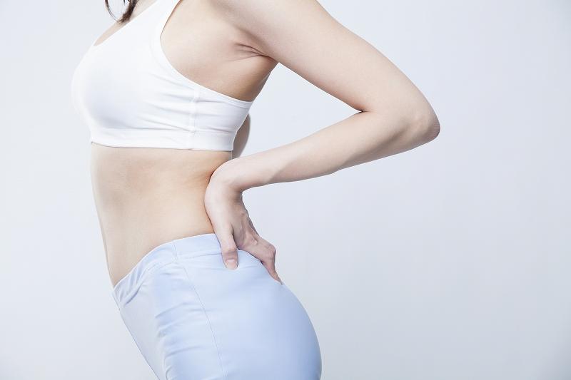 骨盤矯正とは?骨盤矯正の役割やメリット、歪みの原因や症状についても ...
