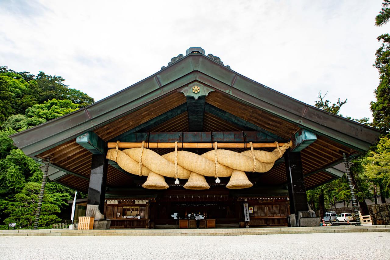日本で最も古い神社建築の形式の国宝「出雲大社」   Food Diversity.today