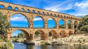 フランスの世界遺産ポン・デュ・ガール!古代ローマの水道橋を見に行 ...