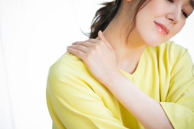 戸田市の整体院】肩こり・首こり・頭痛を招くストレートネックの原因と ...