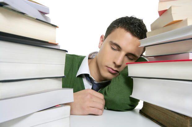 暗記力UP】勉強は寝る前30分がベスト! 眠るだけで記憶力が上がる方法 ...