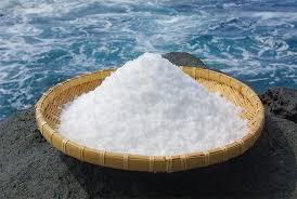 海の精 | 海水100% 天日と平釜 日本の伝統海塩 「海の精(うみのせい)」