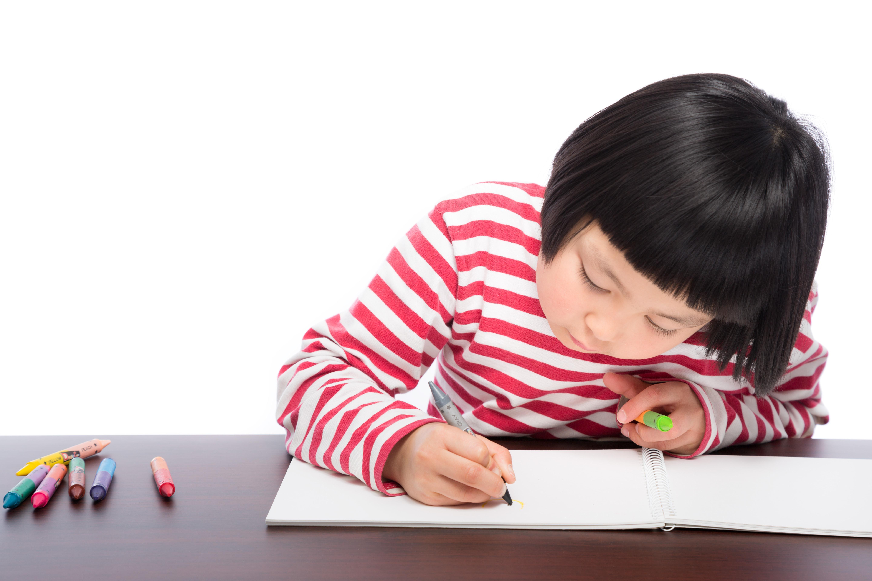 夏休みの自由研究のテーマはどう選ぶ?探し方とテーマ別アイデア7つ