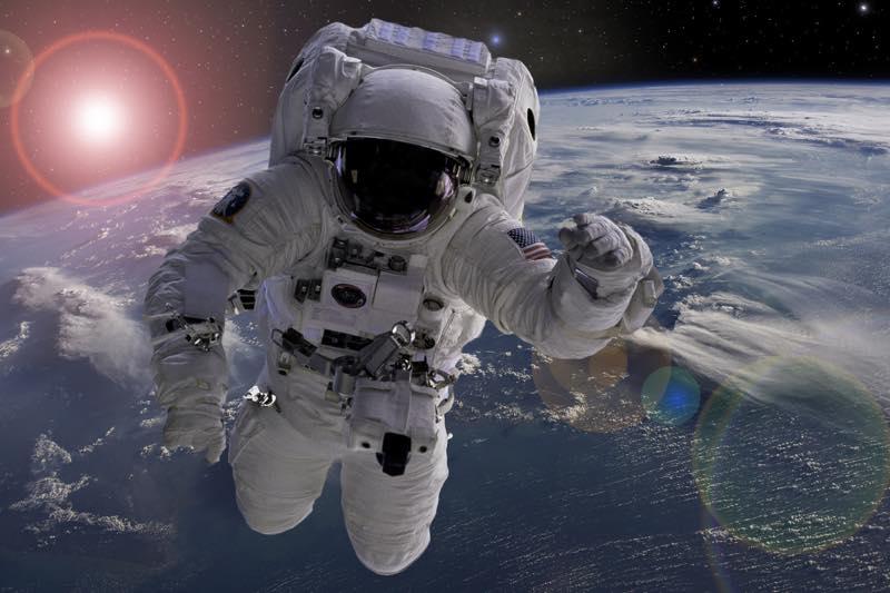宇宙飛行士の仕事内容・なり方・給料・資格など | 職業情報サイト ...