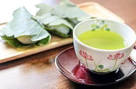 新茶とは?旬の時期やおいしい理由・香りを楽しむ入れ方をご紹介 ...