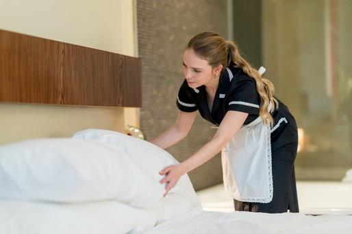 ホテルでのベッドメイキングの仕事とは?ベッドメイキング業務の必要性 ...