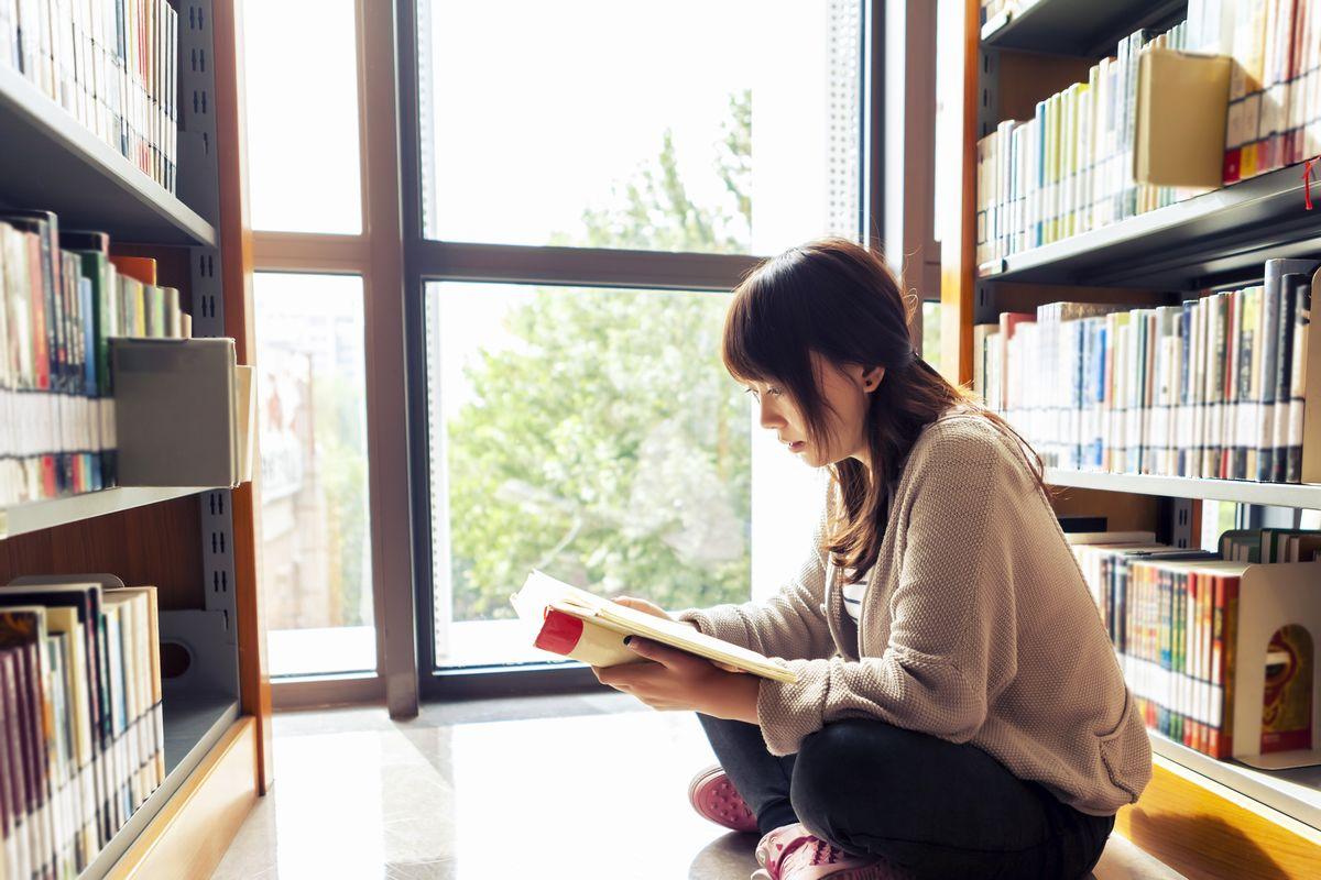 本を読まない高校生が57.1%~子供の読書量を増やすためには ...