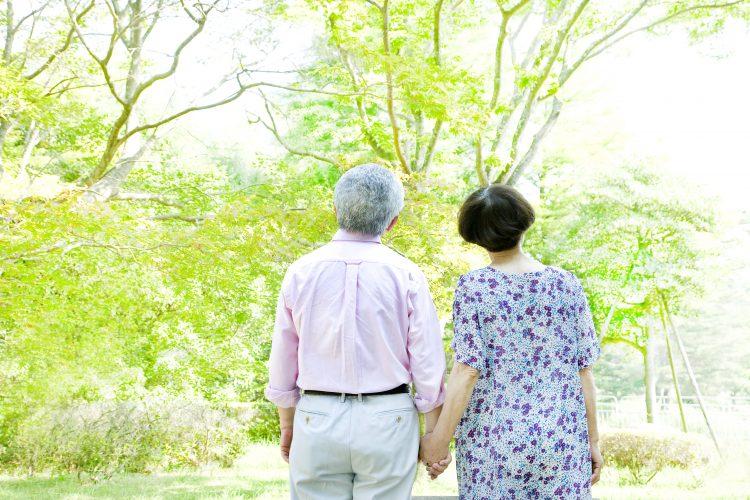 老後の夫婦像」どう考えてる?介護や離婚…500人の男女に聞きました ...