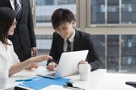 新人指導が苦手な人・初めての教育係になる人へ 【仕事の教え方-基本の ...