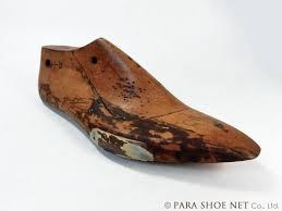 昔の木型(靴型、ラスト)。天然木製の「甲木切り型(甲切り型)」木型 ...