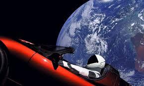 市販車で世界初の宇宙に出たクルマ、テスラ「ロードスター」は、半永久 ...