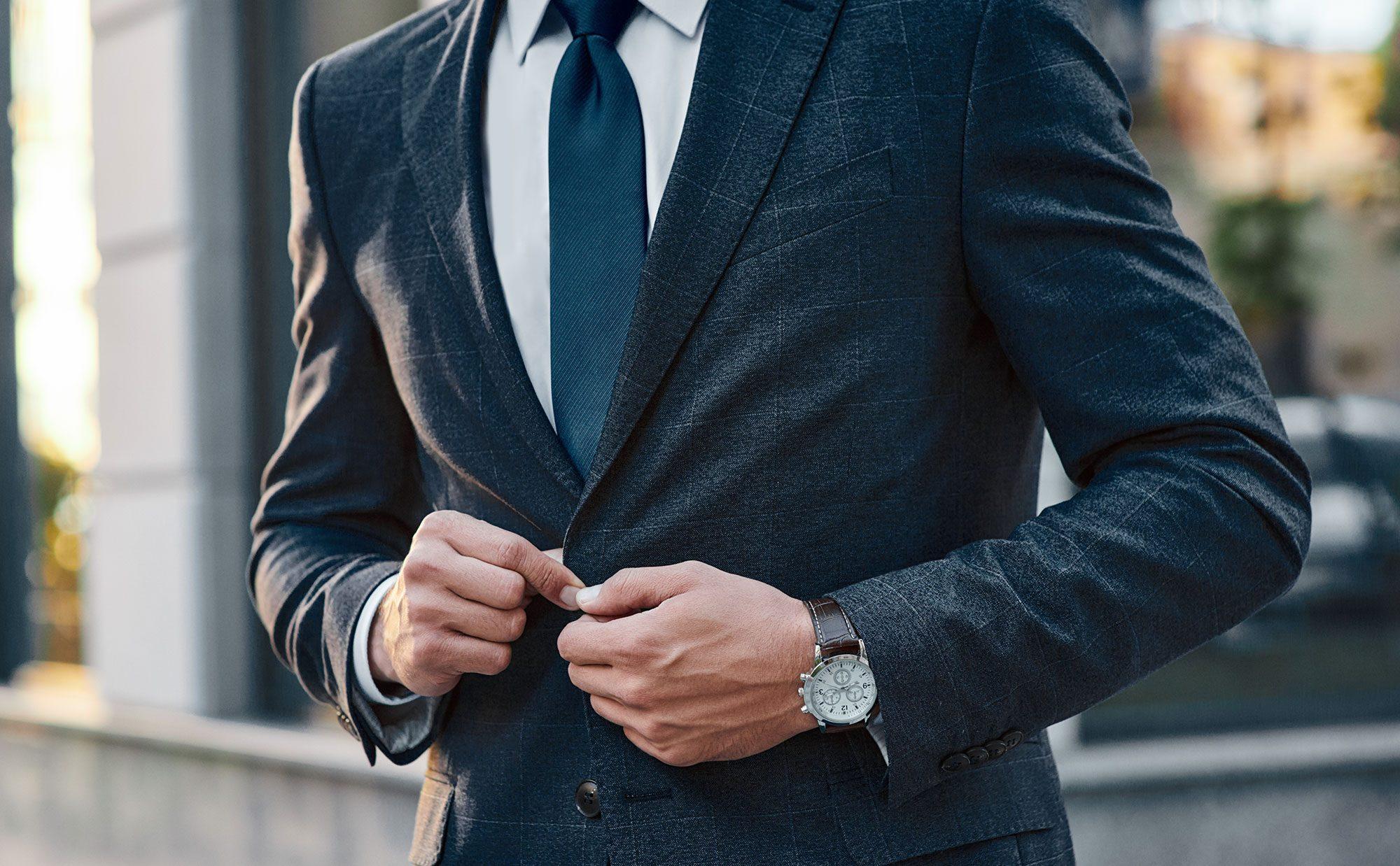 ホームズ】大人スーツの着こなし術 おしゃれなビジネスマンの暮らし ...