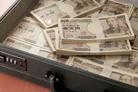 お金をためるコツとは? 1,000万円以上貯金している人たちに聞いてみた ...