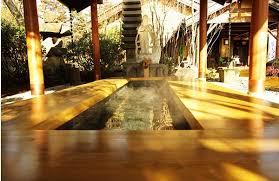 埼玉県の足湯|街中の隠れ家的足湯5選 | ハルメク暮らし