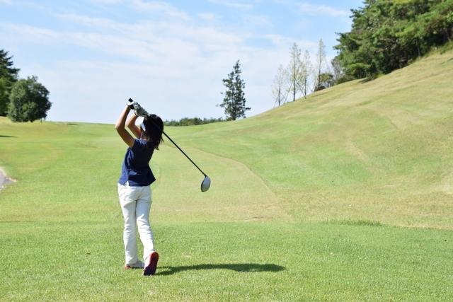 接待ゴルフで「ナイスショット!」は失礼?褒めるときの適切な掛け声と ...