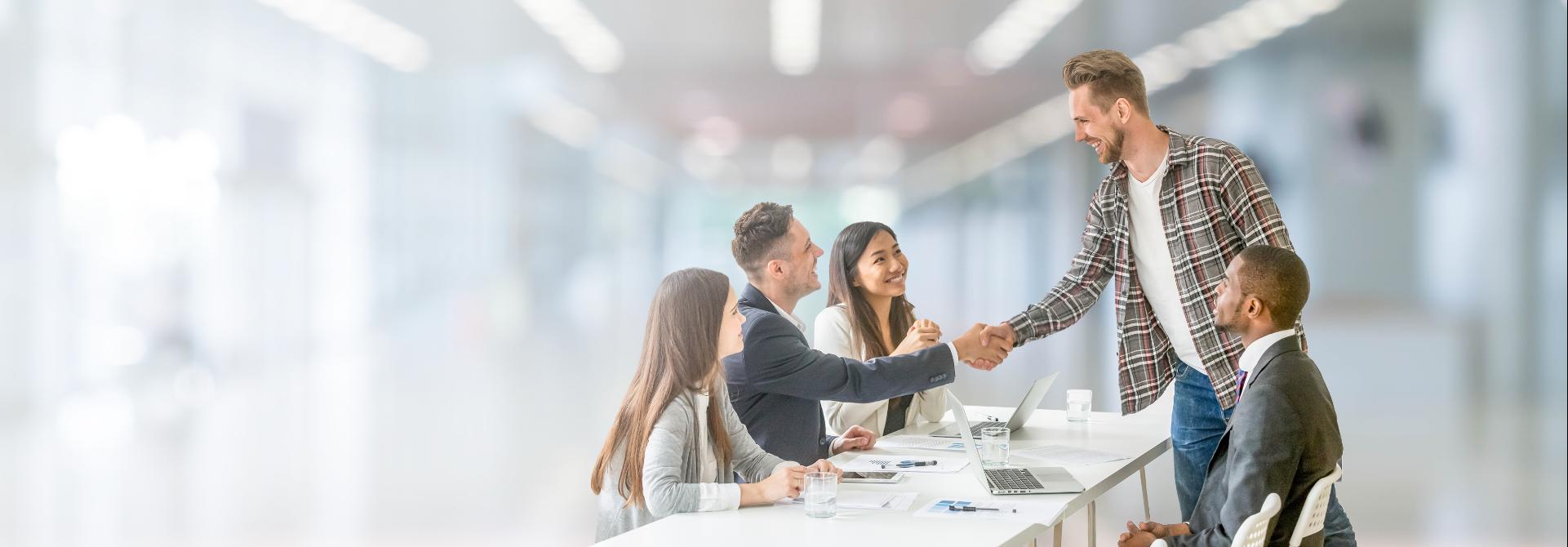 外国人就業就学支援サービス | otomo Inc | otomo株式会社