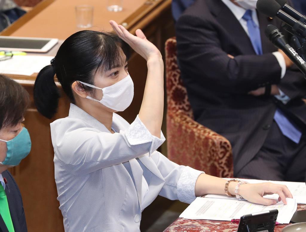 首相、拉致問題解決に決意新た 衆院予算委 - 読んで見フォト - 産経フォト