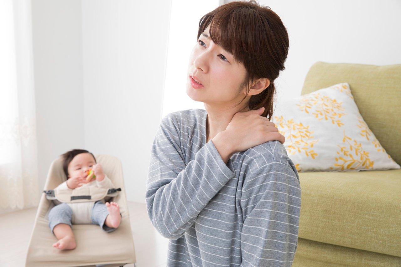 子育て中のママは姿勢矯正が必要?姿勢が悪くなる原因と改善方法 ...