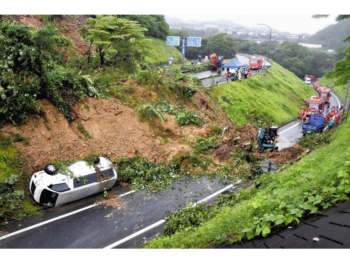 ドドーン」突然目の前に土砂…神奈川で崖崩れ52か所 : 社会 ...