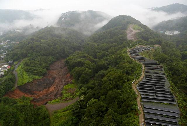熱海 土石流発生場所の写真、メガソーラーとの位置関係がこちら ...