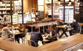 豪NSW州、飲食店が再開 州首相は警戒続けるよう呼びかけ(ロイター ...