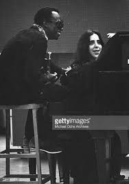 Singer/songwriter Laura Nyro records in the studio with Jazz ...
