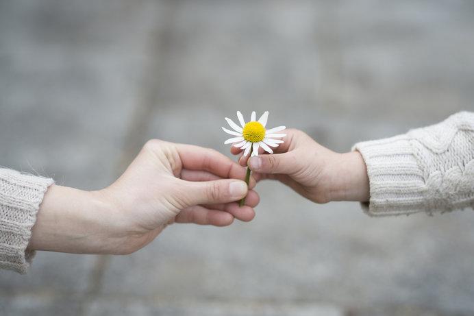 親切」行動であなたの毎日がハッピーに!?「小さな親切」運動スタートの ...