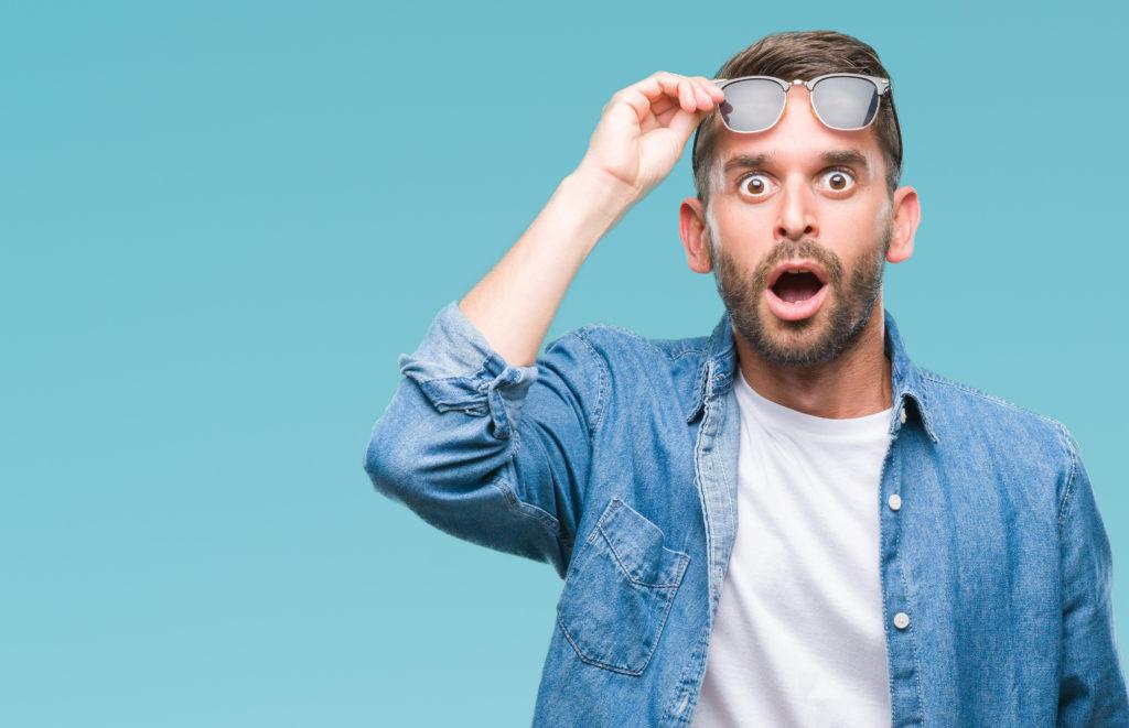 吃驚」の読み方は「びっくり」?意味と類語の「驚愕」も解説 | TRANS.Biz