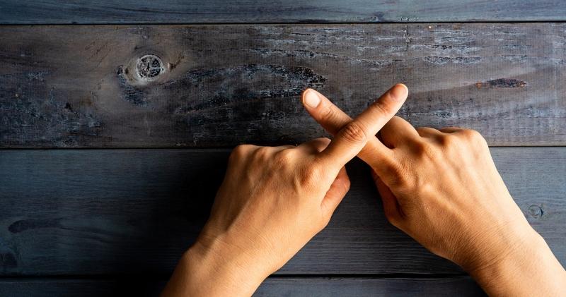 SNSへの誹謗中傷を削除してもらう違反報告ページまとめ-エムタメ!