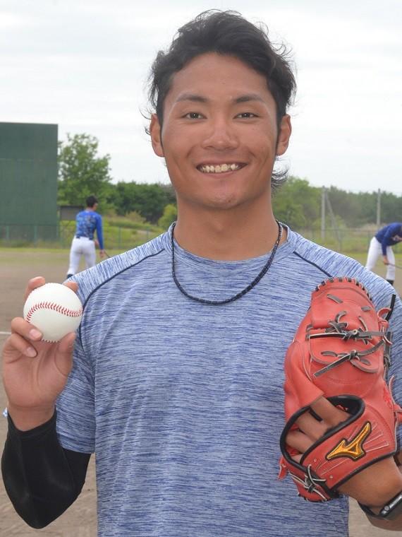 大学野球 - ダルビッシュに憧れて 苫小牧駒澤大最後のドラフト候補 ...