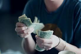 お金に対する考え方を変えて、よけいなストレスを減らすススメ。