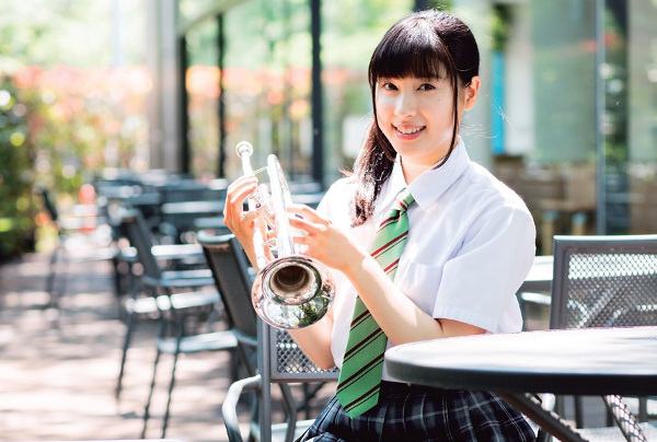土屋太鳳インタビュー<LOCATION JAPAN 2016年7月号>   LOCATION ...