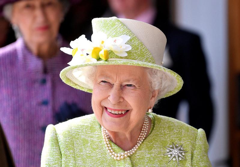 天皇陛下退位:英国「大恋愛で」、ベルギー「スピード」、タイ「空白期 ...