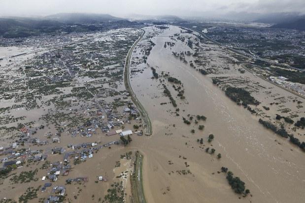 台風19号被害、35人死亡、18人不明 相模原で車転落し母娘死亡、父子 ...