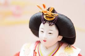 雛人形の顔(かしら)は他の部分とは別に造られています | 人形の東玉