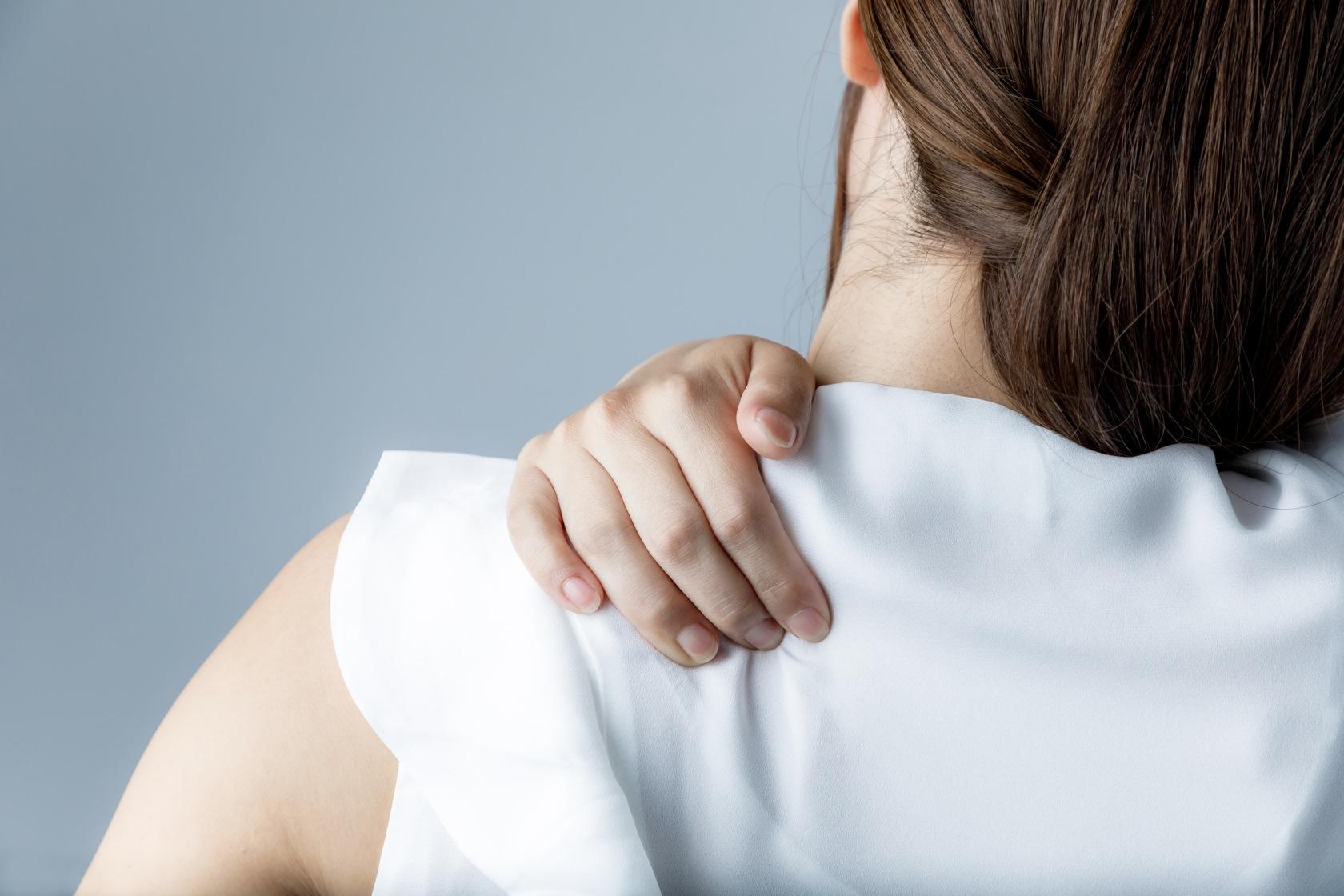 春先に肩こりが悪化するのはどうして?つらい肩こりの改善方法をご紹介 ...