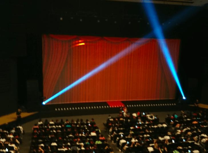 オリックス劇場の座席表のキャパや見え方を画像で紹介!見やすさは ...