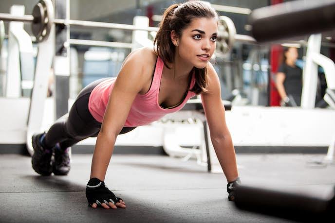 痩せるなら筋トレが一番!】ダイエットに効果的なおすすめメニューを ...
