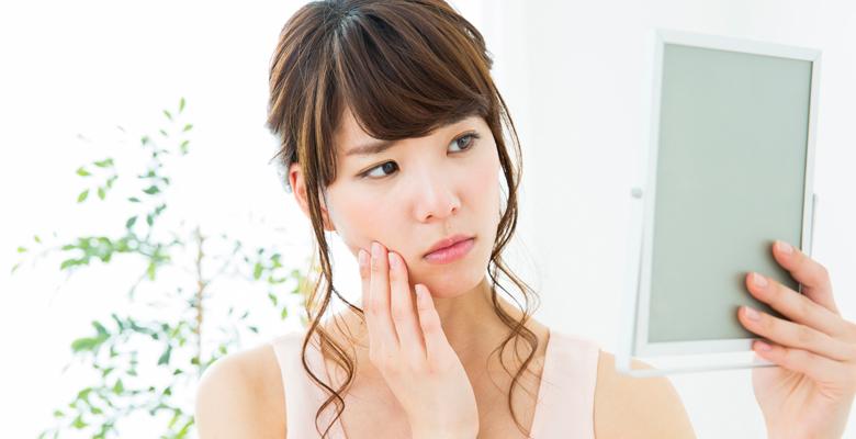 カサカサ肌をなんとかしたい人のための、乾燥肌の対策方法 | バズり ...