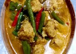 สูตร แกงกะทิไก่สับถั่วฝักยาว โดย สุประวีณ์ รัตนะ - Cookpad