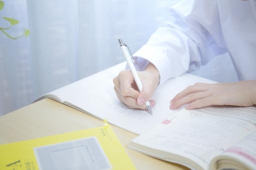 試験勉強|シルエット イラストの無料ダウンロードサイト「シルエットAC」