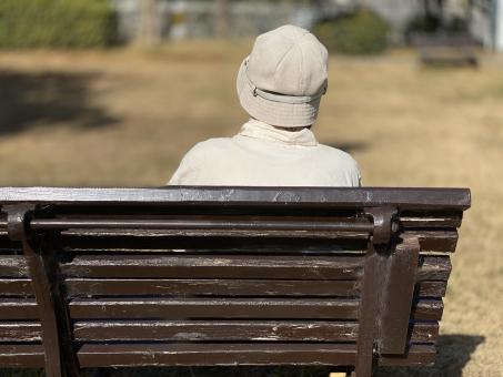 腰掛けるの写真素材|写真素材なら「写真AC」無料(フリー)ダウンロードOK