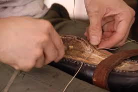 チャン糸|ウェルト交換(リウェルト)で使う糸と手縫いの修理 – 靴職人 ...
