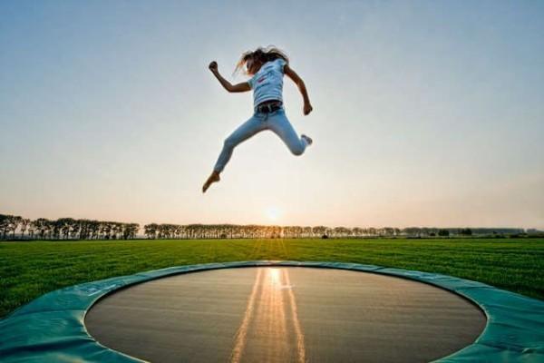 GTA5】最新『ソロ吹っ飛びグリッチ』トランポリンのように宙を舞う面白 ...