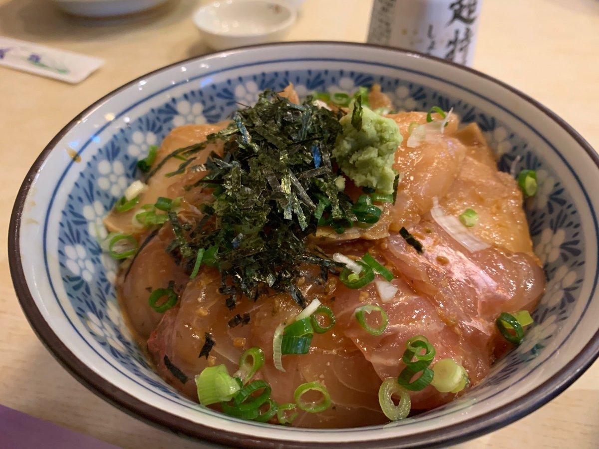 "L.C. على تويتر: ""金目鯛と油ボウズの漬け丼 (@ 海ぼうず in 銚子市 ..."