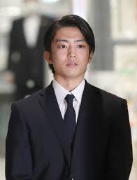 伊藤健太郎さん釈放 ひき逃げ「一生かけ償う」:時事ドットコム