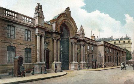 ヴェルサイユ宮殿は有名ね、ではエリゼ宮殿はご存知かしら? 大統領府 ...