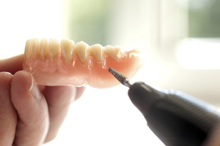 朝霞市で入れ歯の治療なら!】あさかハートフル歯科
