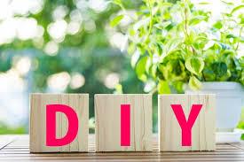 DIYとは?DIYの意味は何?「日曜大工」「ハンドメイド」との違いは?